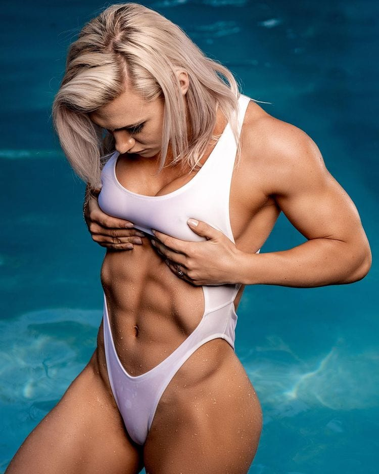 Girls-with-muscles-worldcelebritynews-2021